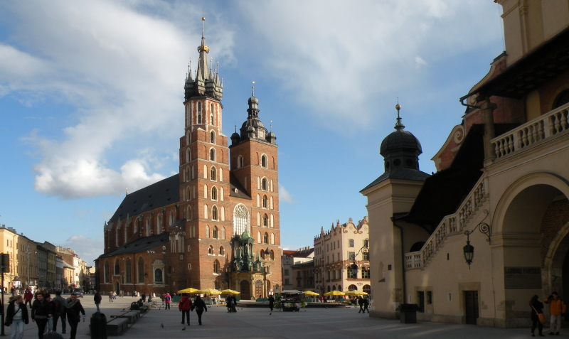 Krakow Old town - licensed city guide - Saint Mary's Church